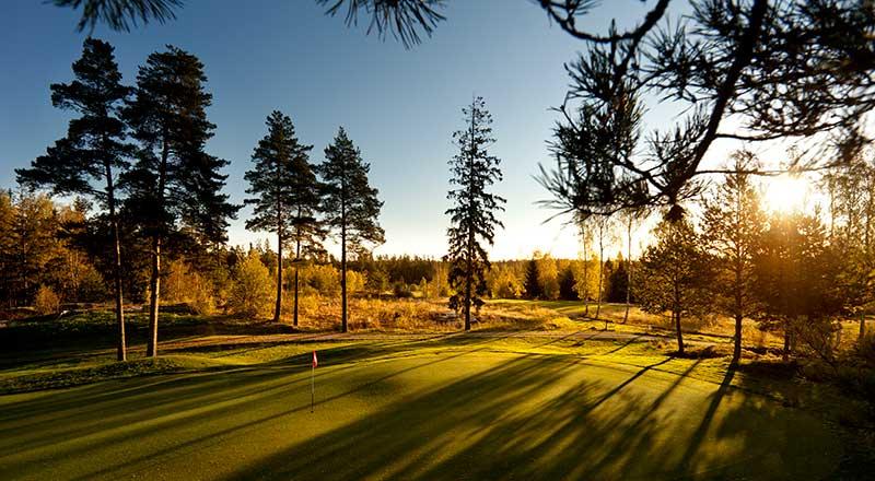 Du som gärna spelar GolfStar Kungsängens Kings-bana – Läs detta!